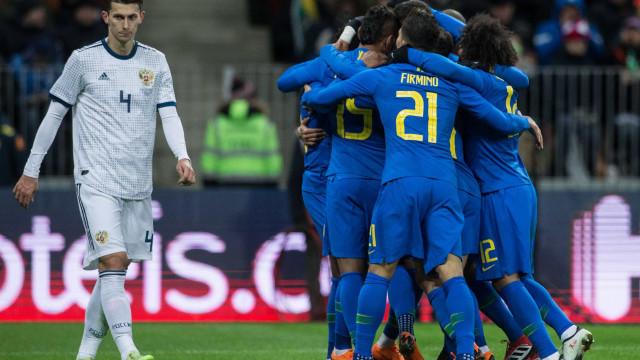 América do Sul vence a Europa por 5 a 0 em amistosos entre seleções