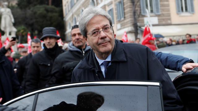 Gentiloni renuncia ao cargo de primeiro-ministro da Itália