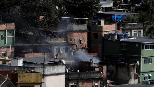 Confronto na Rocinha deixa um morto e PM ferido
