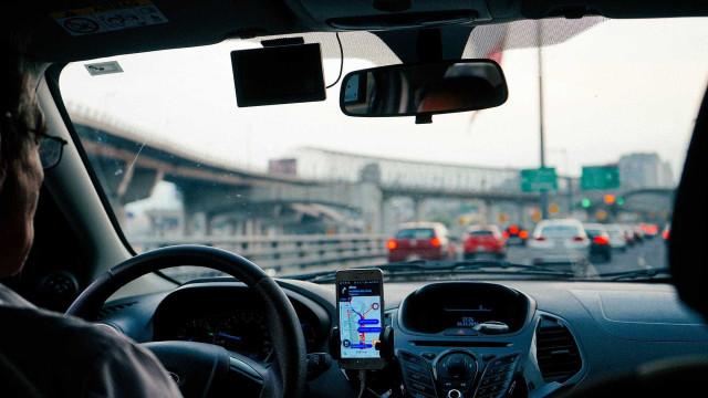 Justiça decide que motorista de aplicativo não tem vínculo trabalhista