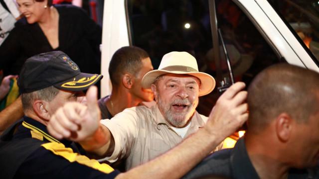 Caravana de Lula não fez pedido de escolta, diz Secretaria de Segurança