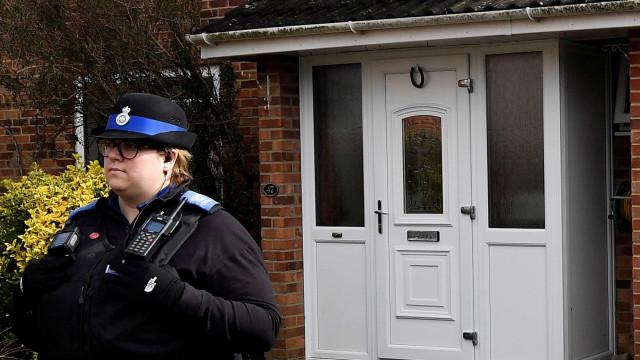 Ex-espião russo teria sido envenenado ao sair de casa