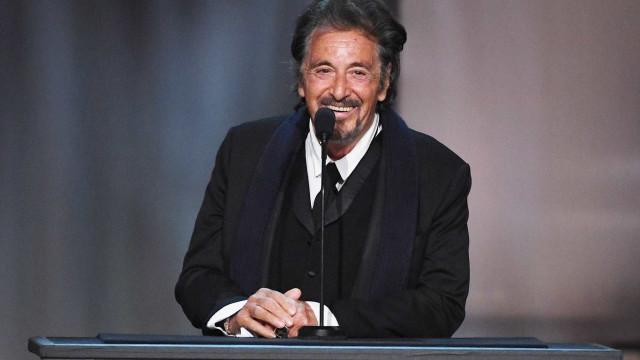Al Pacino assume namoro com atriz e cantora israelense, diz jornal