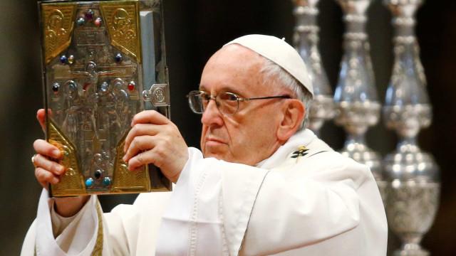 'Inferno não existe', diz papa Francisco, segundo jornal