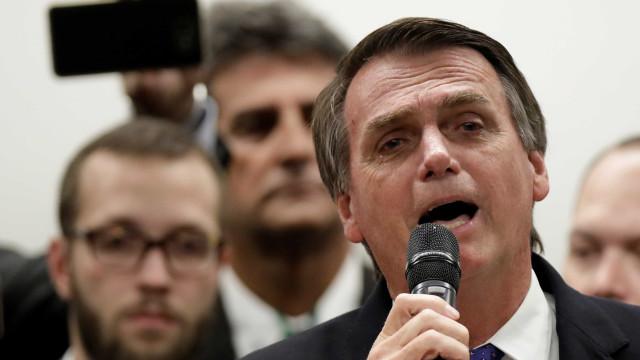 Bolsonaro se compara a Moro e diz que perdeu a liberdade
