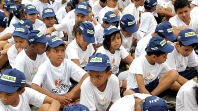 Programa Forças no Esporte reforça combate à violência no Rio