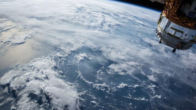 Veja o estrago que o lixo espacial pode causar a uma espaçonave