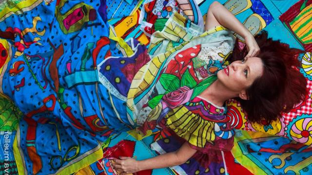 Desejo: lenços Adriana Tavares unem moda e as artes plásticas