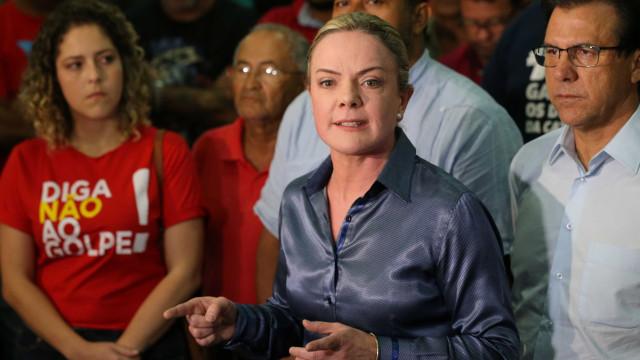 Gleisi Hoffmann diz lamentar 'irritação' de Ciro Gomes com PT