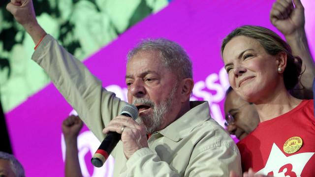 Lula ficou feliz com negativa de Josué a Alckmin, diz Gleisi