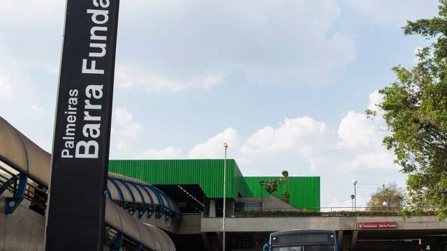 Estação destruída por torcedores reabre; ataque foi registrado em vídeo