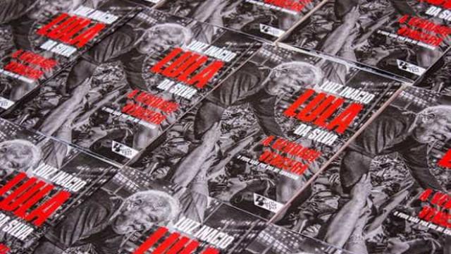 Biografia de Lula é liberada na internet