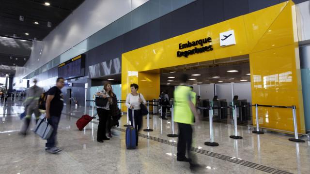 62% dos jovens brasileiros têm vontade de ir embora do país