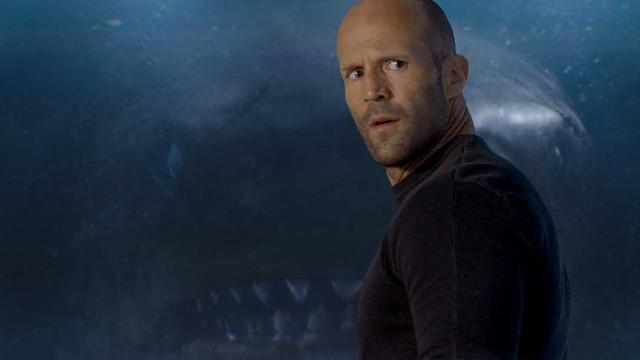 Jason Statham enfrenta tubarão de 20 metros em novo filme; veja trailer