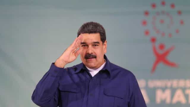 Centros eleitorais vazios marcam eleição na Venezuela