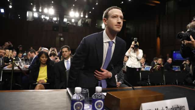 Fala enigmática de Zuckerberg indica versão paga de Facebook