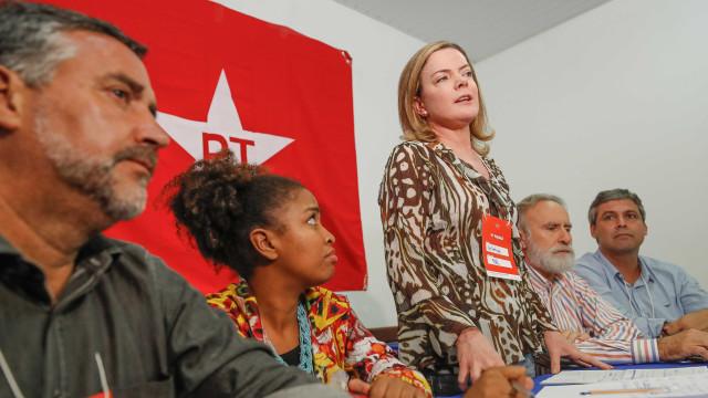 PT deve recorrer a STJ sobre manutenção de prisão de Lula