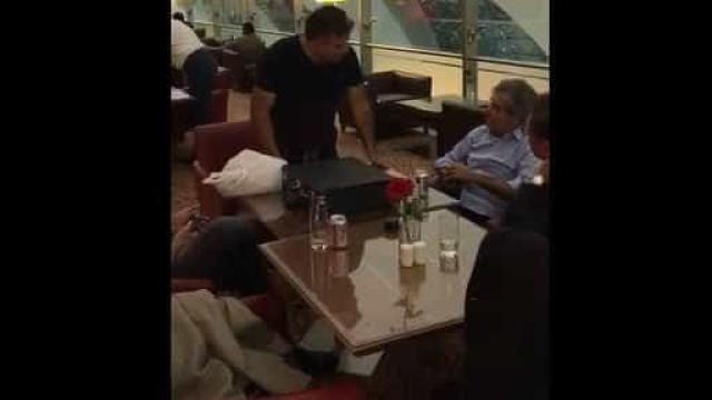 Petista, tucano e presidente do Senado são hostilizados em Dubai