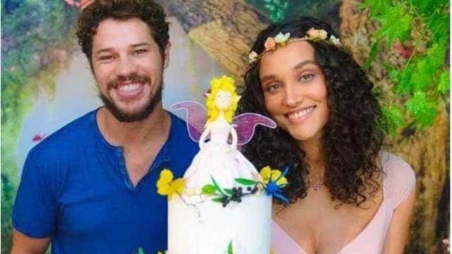 Nasce filha de Débora Nascimento e José Loreto