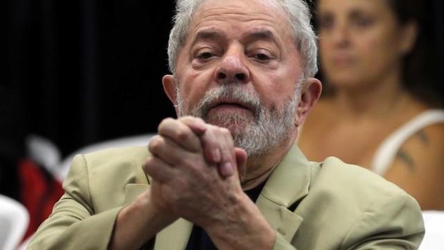 Arquivamento de recurso de Lula gera reação de juristas