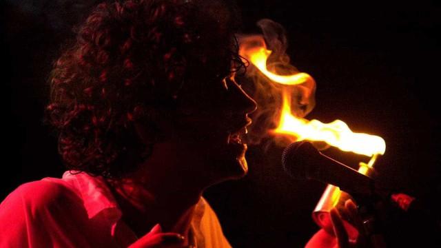 Cordel do Fogo Encantado lança clipe do novo single; veja