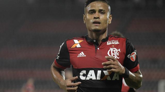 São Paulo anuncia contratação de Everton, ex-Flamengo