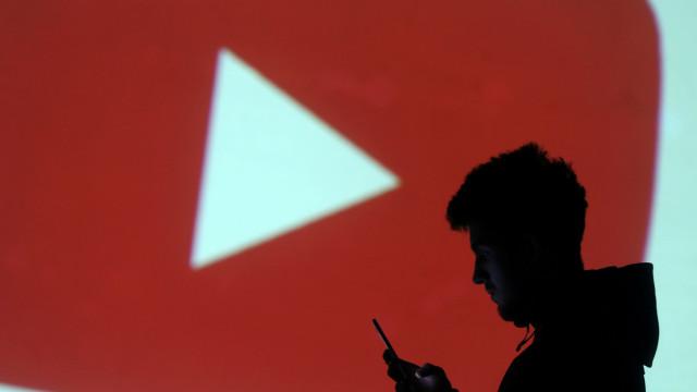 YouTube quer transmitir dois anúncios no início de cada vídeo