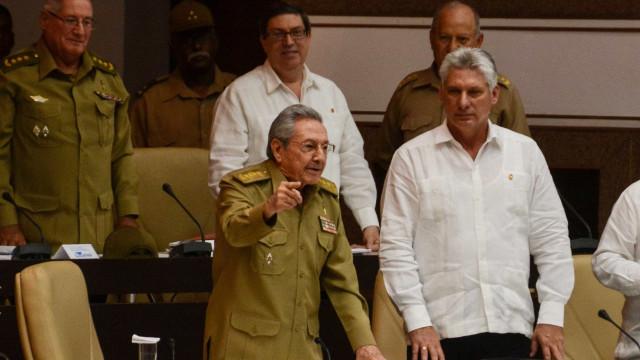 Em 1º discurso, Miguel Díaz-Canel promete defender legado dos 'Castro'