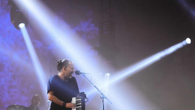 Radiohead conquista público do Rio com cores, sons e sucessos