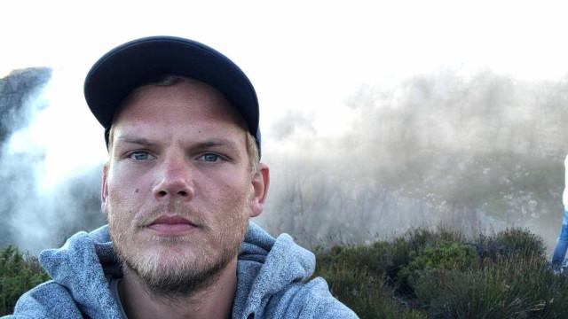 Avicii: exames póstumos descartam que DJ tenha sido assassinado
