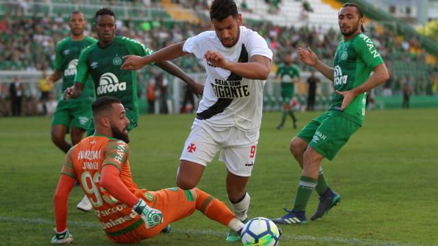 Vasco e Chapecoense empatam na Arena Condá: 1 a 1