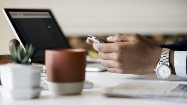 É possível poupar mais de R$ 1 mil optando pela conta bancária digital