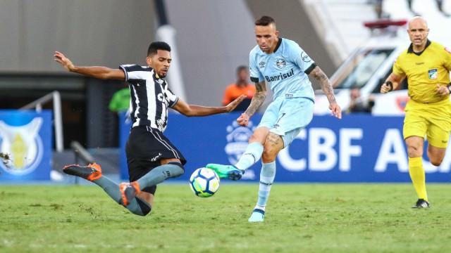 Luan revela pedido para jogar com reservas do Grêmio