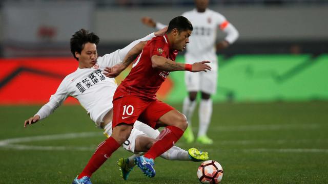 Mudança na Copa? Na China, auxiliares de Tite observam jogadores