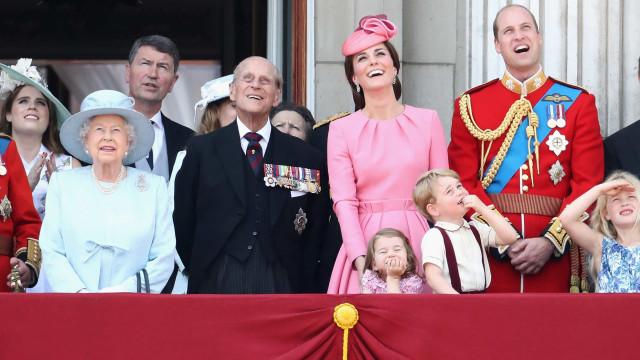 Descubra o que a família real britânica assiste na TV