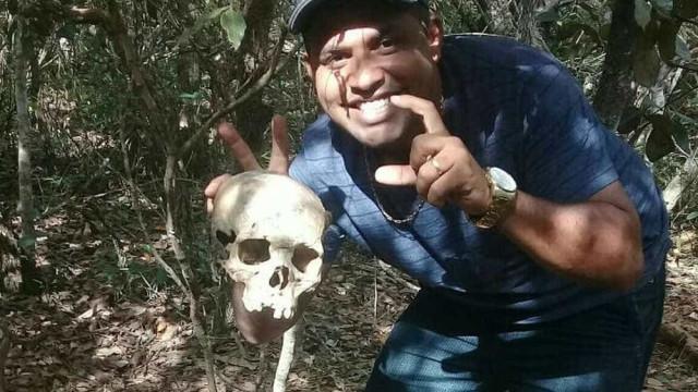 Suspeito de assassinatos mostrava fotos dos cadáveres na internet