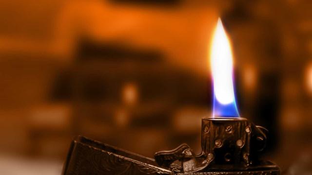 Adolescente de 16 anos tenta pôr fogo em delegacia: 'senti vontade'