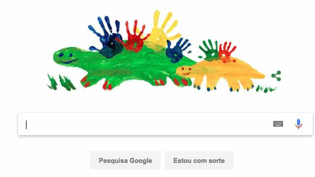 Google celebra Dia das Mães com Doodle de dinossauros