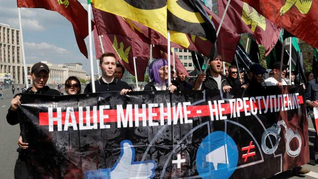 Ato por 'internet livre' termina com 20 detidos em Moscou