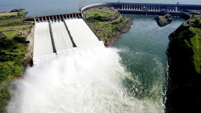 Itaipu fecha semestre comgeração de 50,16 milhões de energia