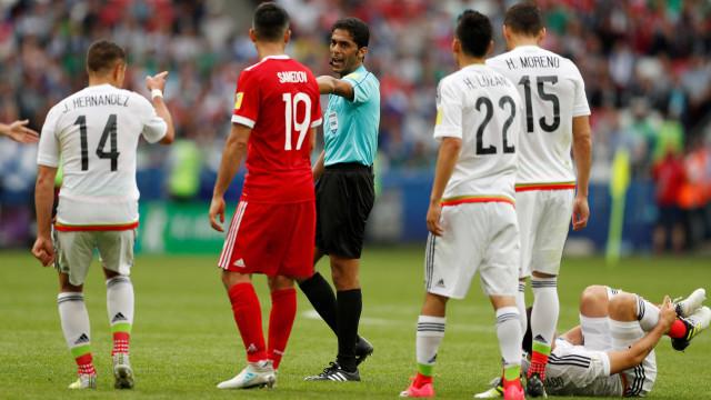 Árbitro escalado para Copa é acusado de suborno e está sob custódia