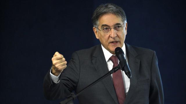 STJ envia ação contra Pimentel para Justiça Eleitoral de MG