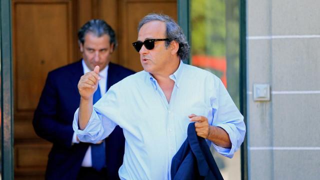 Platini diz que sorteio da Copa de 1998 foi manipulado