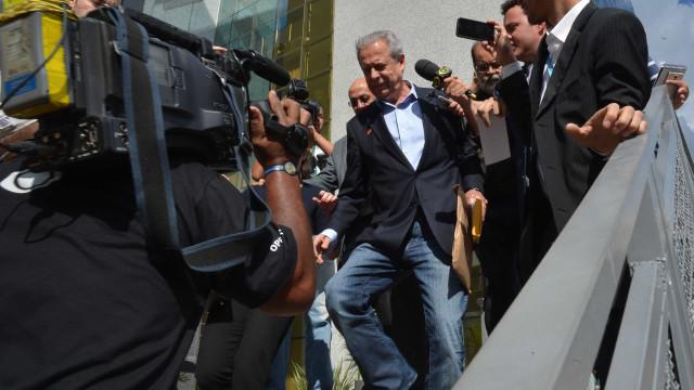 PF instaura novo inquérito contra Dirceu na Lava Jato