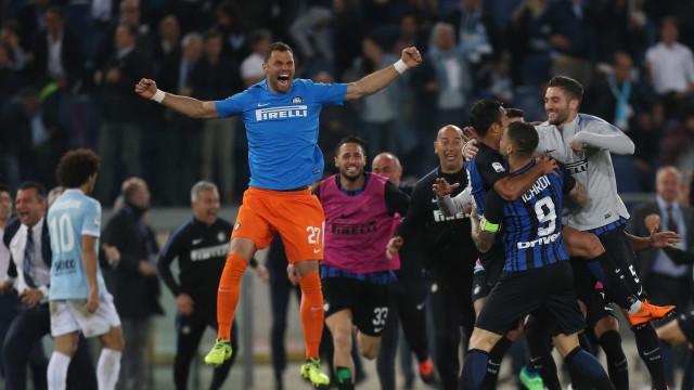 Inter de Milão vence a Lazio de virada e carimba vaga na Champions