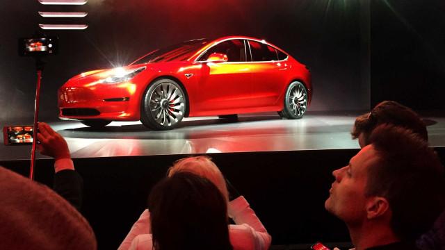 Novo acidente com modelo autônomo da Tesla deixa um morto nos EUA