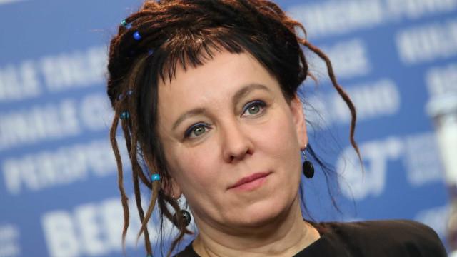 Escritora polonesa Olga Tokarczuk vence o Man Booker Prize