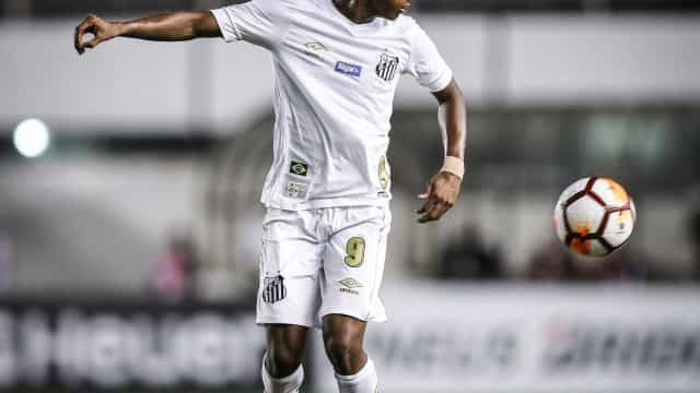Condição do Santos para negociar Rodrygo com Barça envolve Neymar