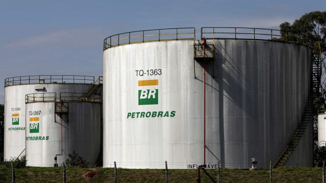 Aepet quer mudança na política de preço de combustíveis