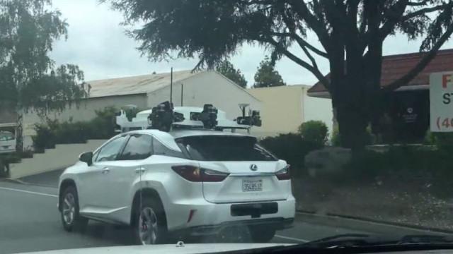 Carro autônomo da Apple foi visto em público novamente